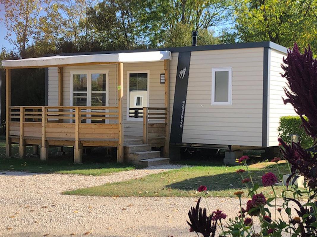 mobil-home camping-couleurs-du-monde